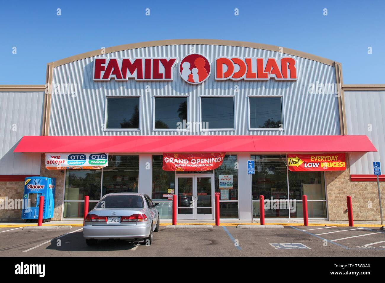 Family Dollar Store Stock Photos & Family Dollar Store Stock