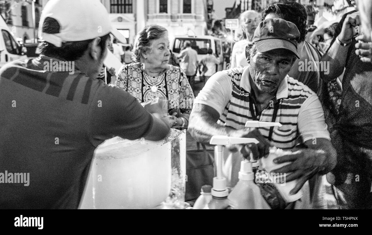 Shaved Iced (Raspado) Vendors in Cathedral Square, Panama City - Stock Image