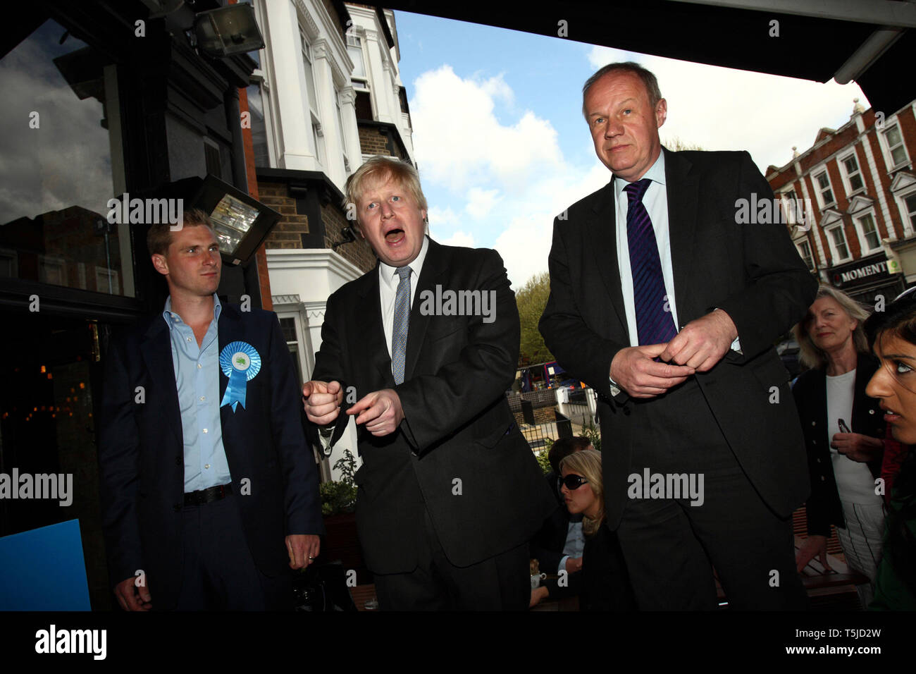 Boris Johnson and Damian Green campaigning on behalf of Conservative parliamentary candidate Chris Philp. London. 30.04.2010. - Stock Image