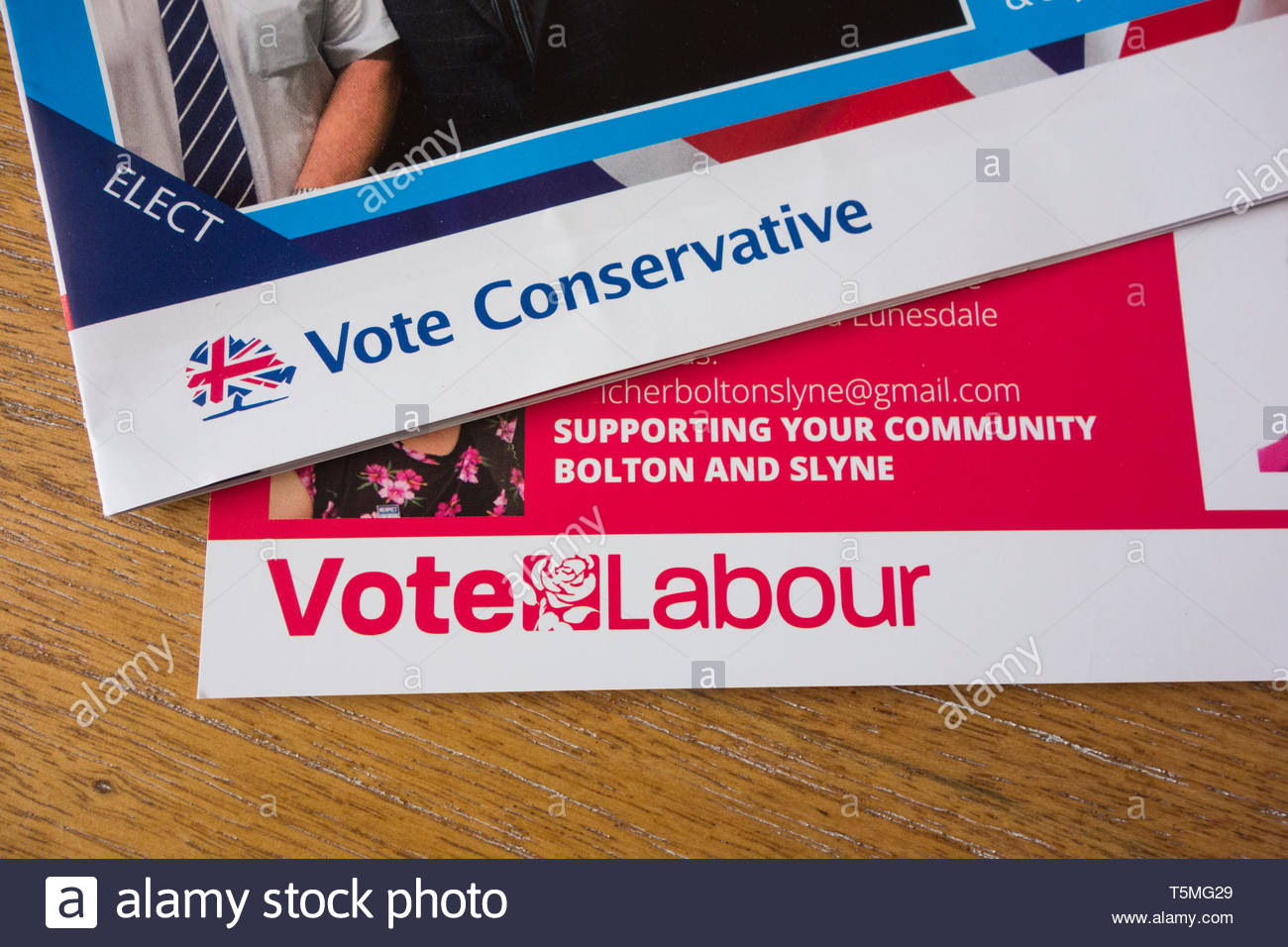 Campaign leaflets for the Conservative and Labour parties for the local elections for Lancaster City Council in the Bolton le Sands and Slyne ward - Stock Image