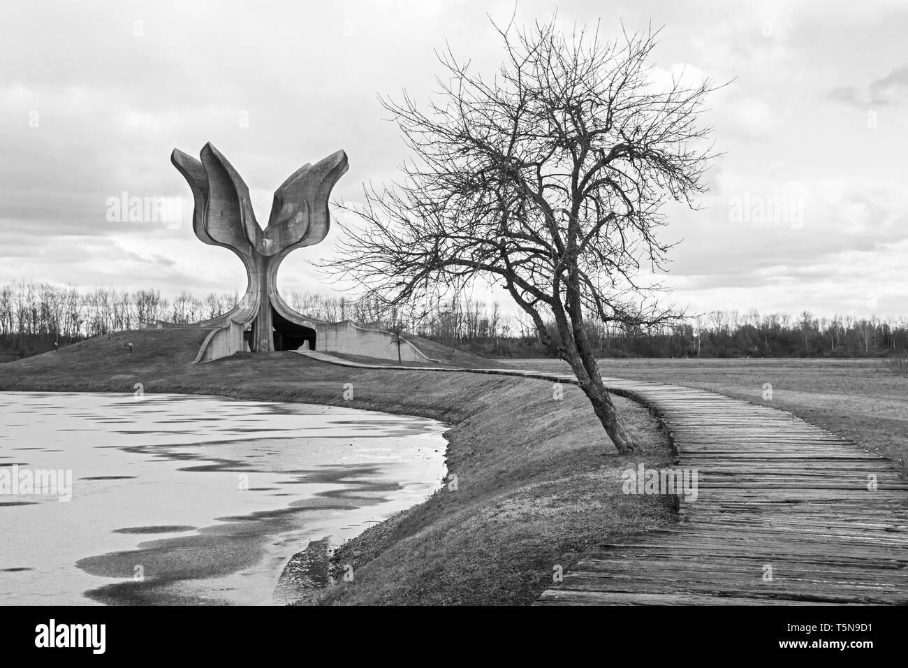 Jasenovac, Croatia - January 3rd 2019. The Stone Flower, a Yugoslavia era war memorial on the site of the former Jasenovac concentration camp - Stock Image