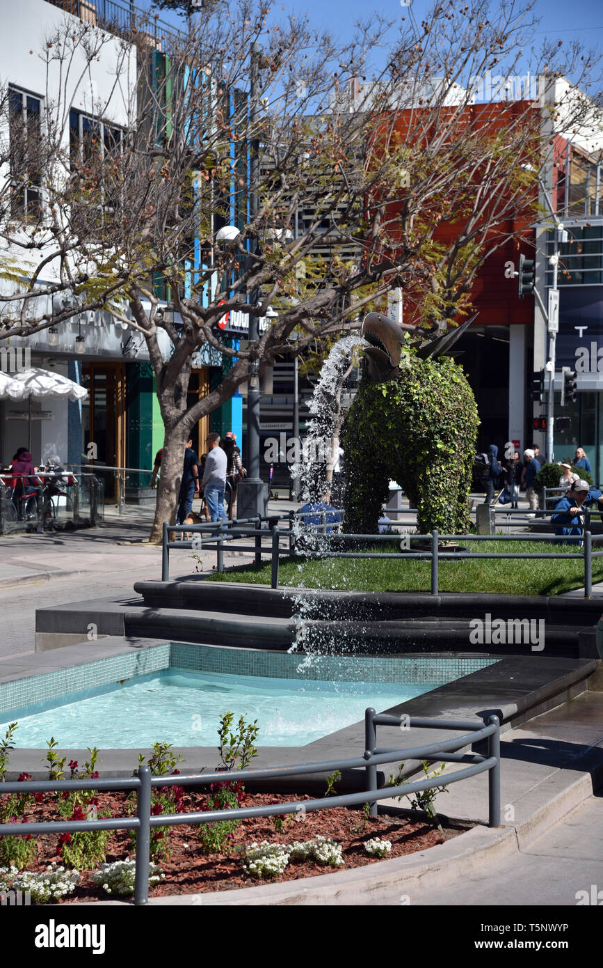 LOS ANGELES, CA/USA  - APRIL 11, 2019: Unique public fountain on the Third Street Promenade in Santa Monica, a premier shopping destination and touris - Stock Image