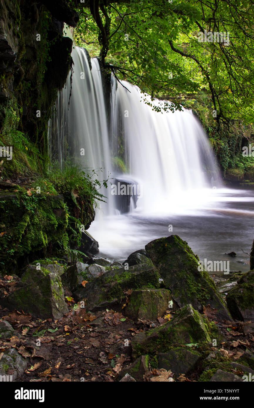 Sgwd Ddwli Uchaf waterfall on the Afon Nedd Fechan, Pontneddfechan, Wales. UK - Stock Image