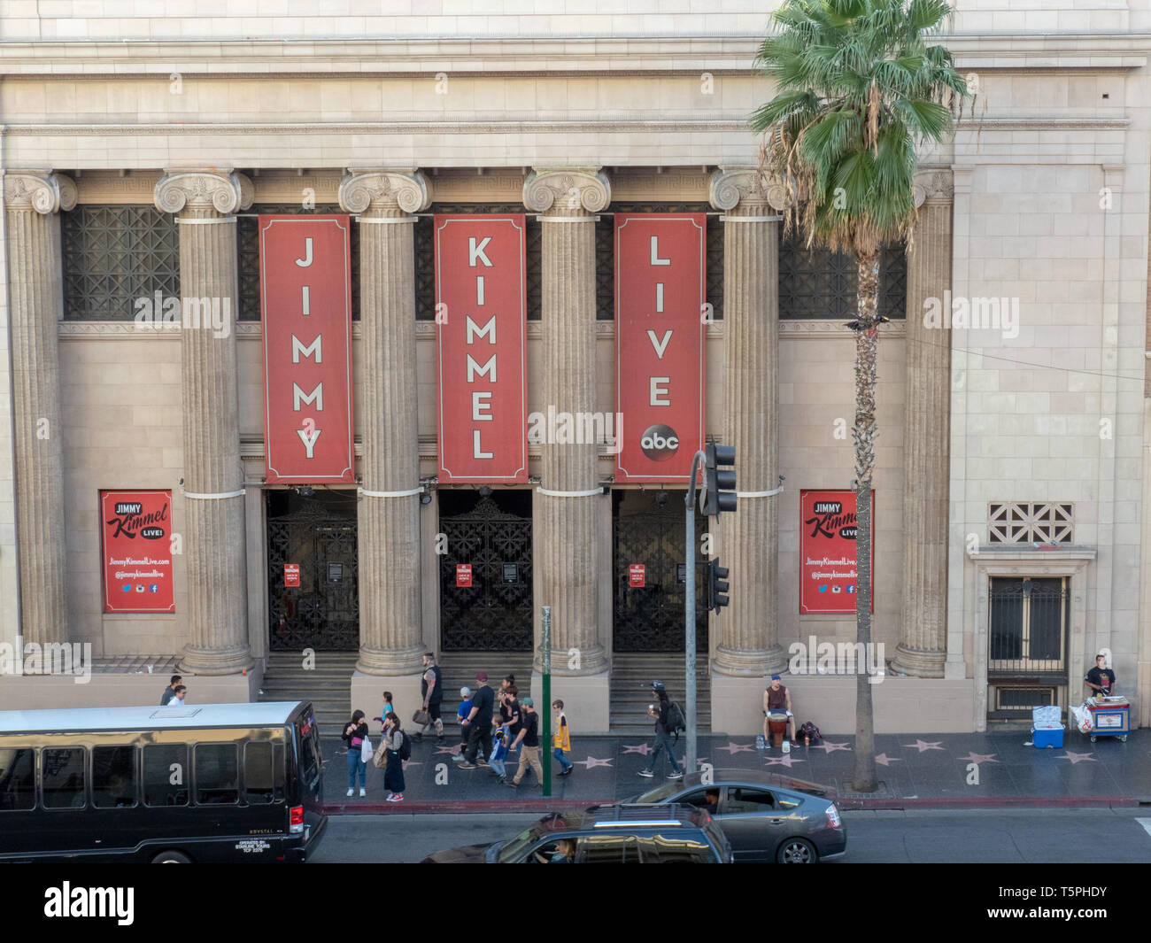 https://c8.alamy.com/comp/T5PHDY/jimmy-kimmel-live-filming-location-at-the-hollywood-masonic-temple-T5PHDY.jpg