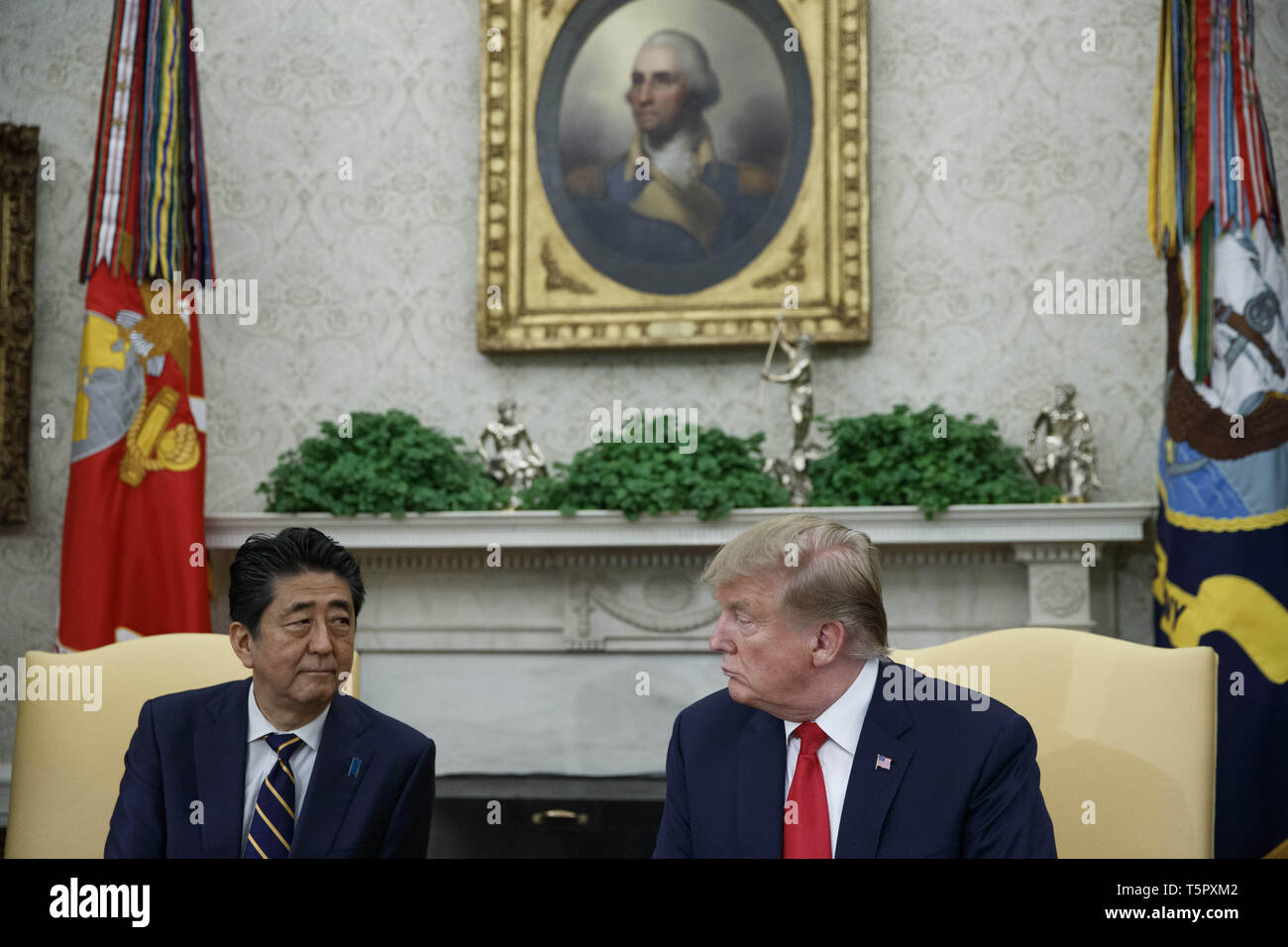 Washington, District of Columbia, USA. 26th Apr, 2019. US President Donald J. Trump meets with Japanese Prime Minister Shinzo Abe in the Oval Office of the White House in Washington, DC, USA, 26 April 2019. President Trump is hosting a dinner for Prime Minister Abe and his wife celebrating the First Lady's 49th birthday.Credit: Shawn Thew/Pool via CNP Credit: Shawn Thew/CNP/ZUMA Wire/Alamy Live News Stock Photo