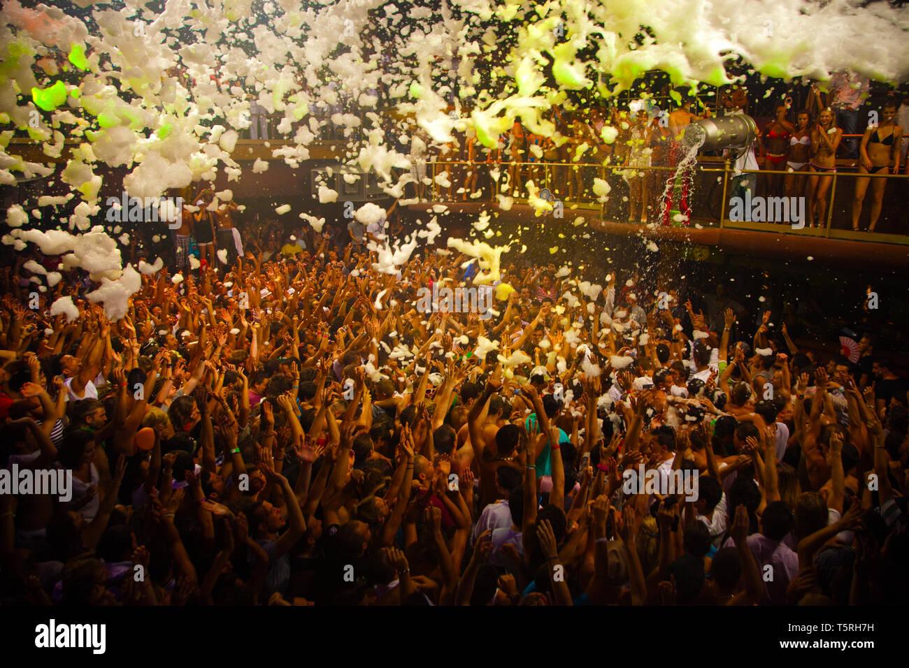 Foam Party. Amnesia Discoteque. San Rafael. Ibiza. Balearic Islands. Spain. - Stock Image