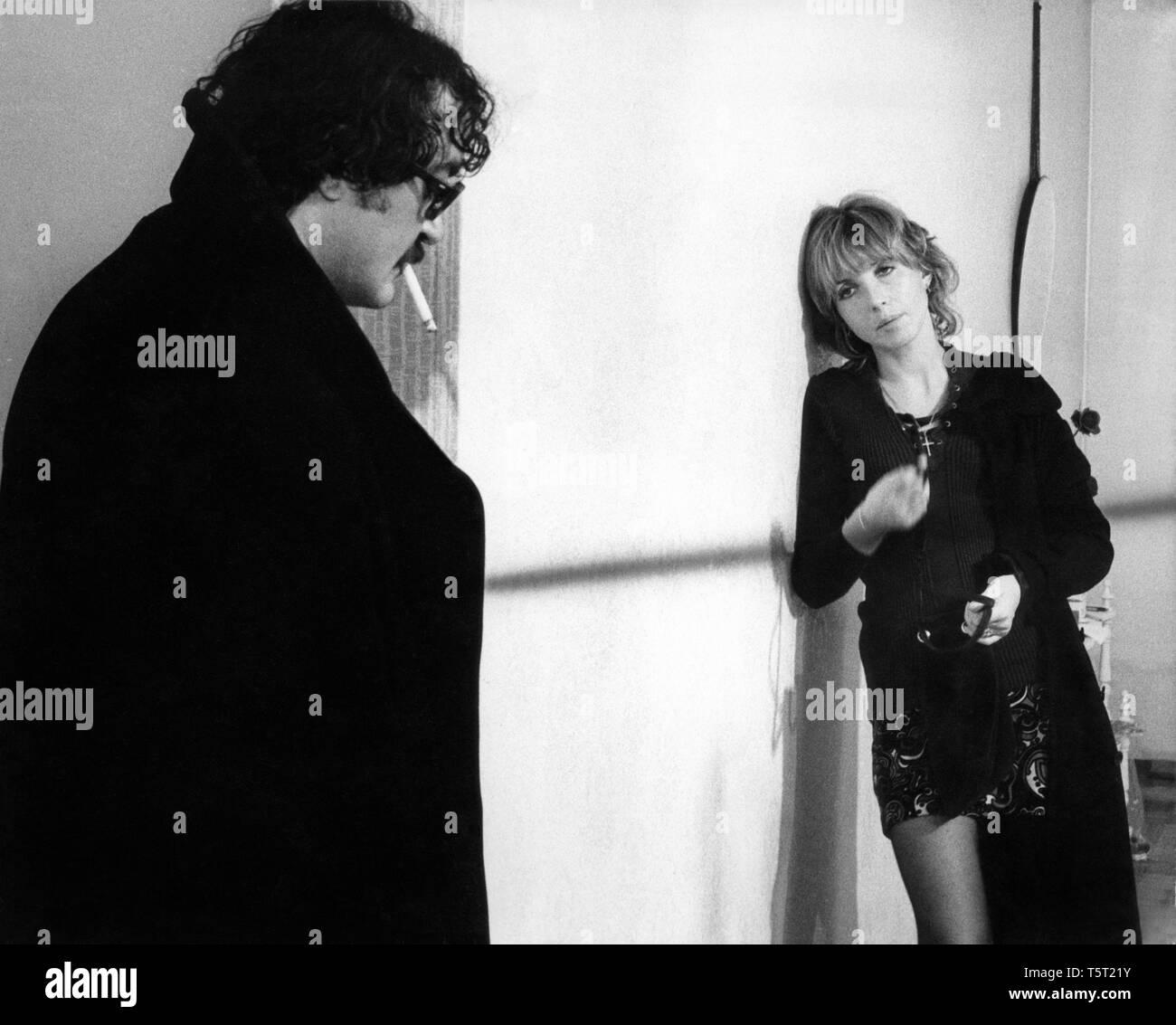 LA SALAMANDRE 1971 de Alain Tanner Jacques Denis Bulle Ogier. Prod DB © Filmograph S.A. - Forum Films - Svocine / DR Stock Photo