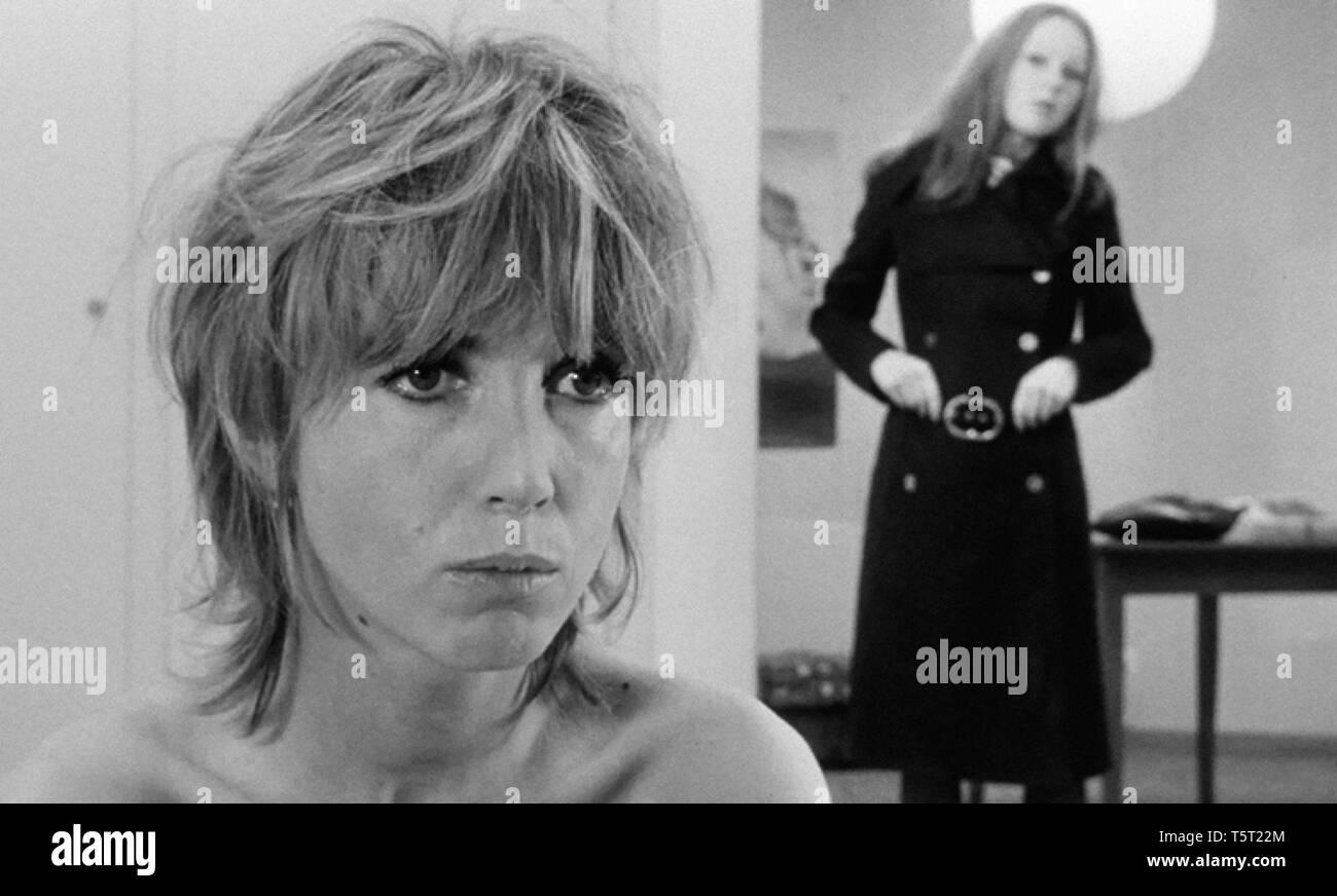 LA SALAMANDRE 1971 de Alain Tanner Bulle Ogier Veronique Alain. Prod DB © Filmograph S.A. - Forum Films - Svocine / DR Stock Photo