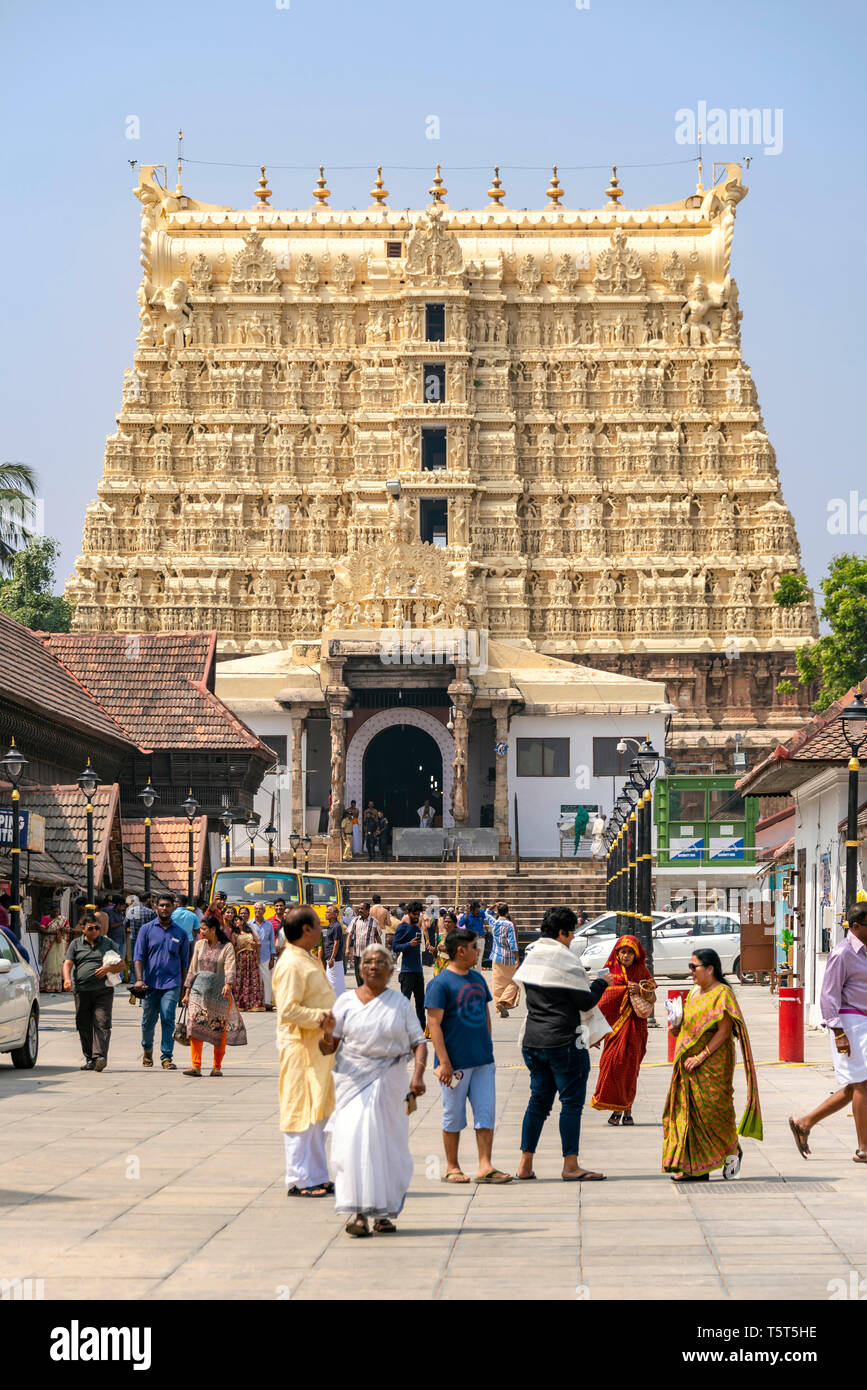 Vertical view of the infamous Padmanabhaswamy Temple in Trivandrum, Kerala, India. - Stock Image