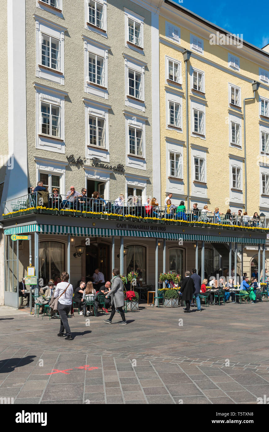 Salzburg Alter Markt, view of people sitting at a cafe terrace in Alter Markt in the Old Town quarter (Altstadt) of Salzburg, Austria. - Stock Image