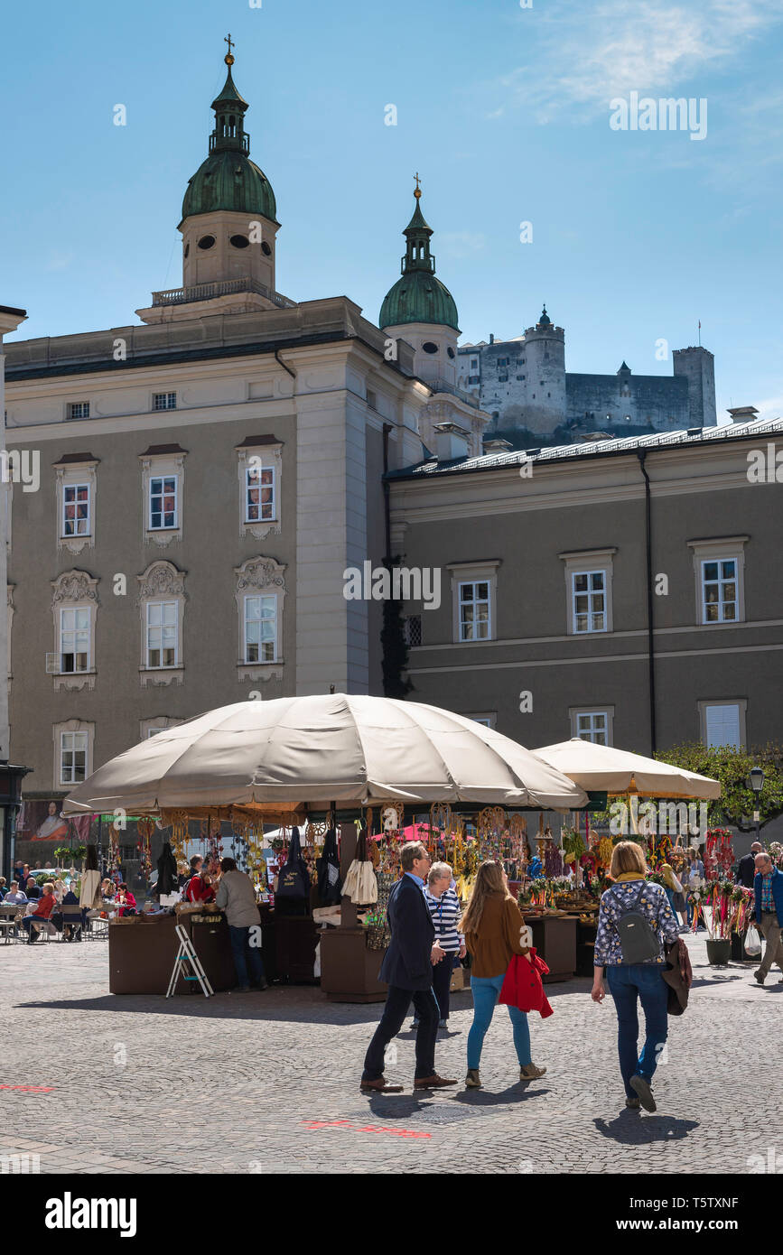Alter Markt Salzburg, view of market stalls in Alter Markt in the Old Town quarter (Altstadt) of Salzburg, Austria. - Stock Image