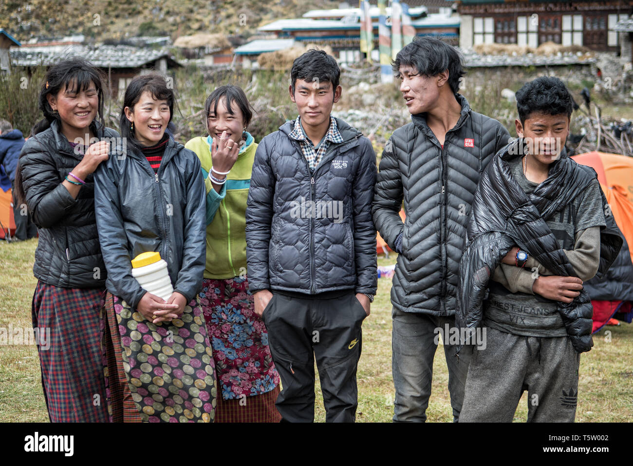 Young people in the village of Chozo, Lunana Gewog, Gasa District, Snowman Trek, Bhutan Stock Photo