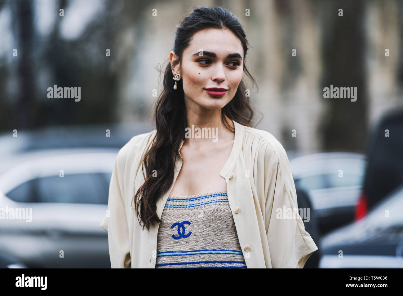 Paris, France - March 5, 2019: Street style outfit -  Solange Smith before a fashion show during Paris Fashion Week - PFWFW19 - Stock Image