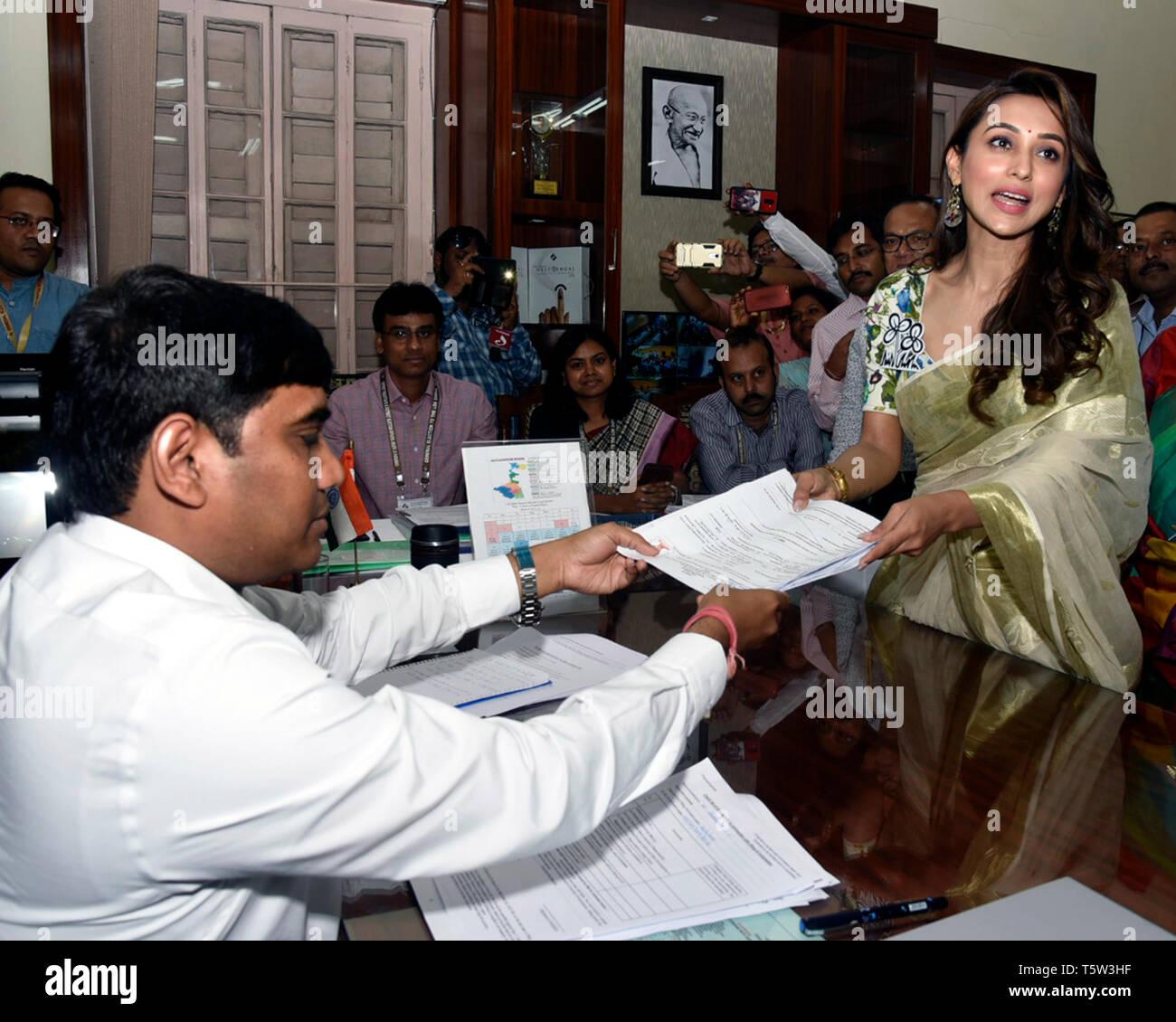 Bengali Actress Stock Photos & Bengali Actress Stock Images