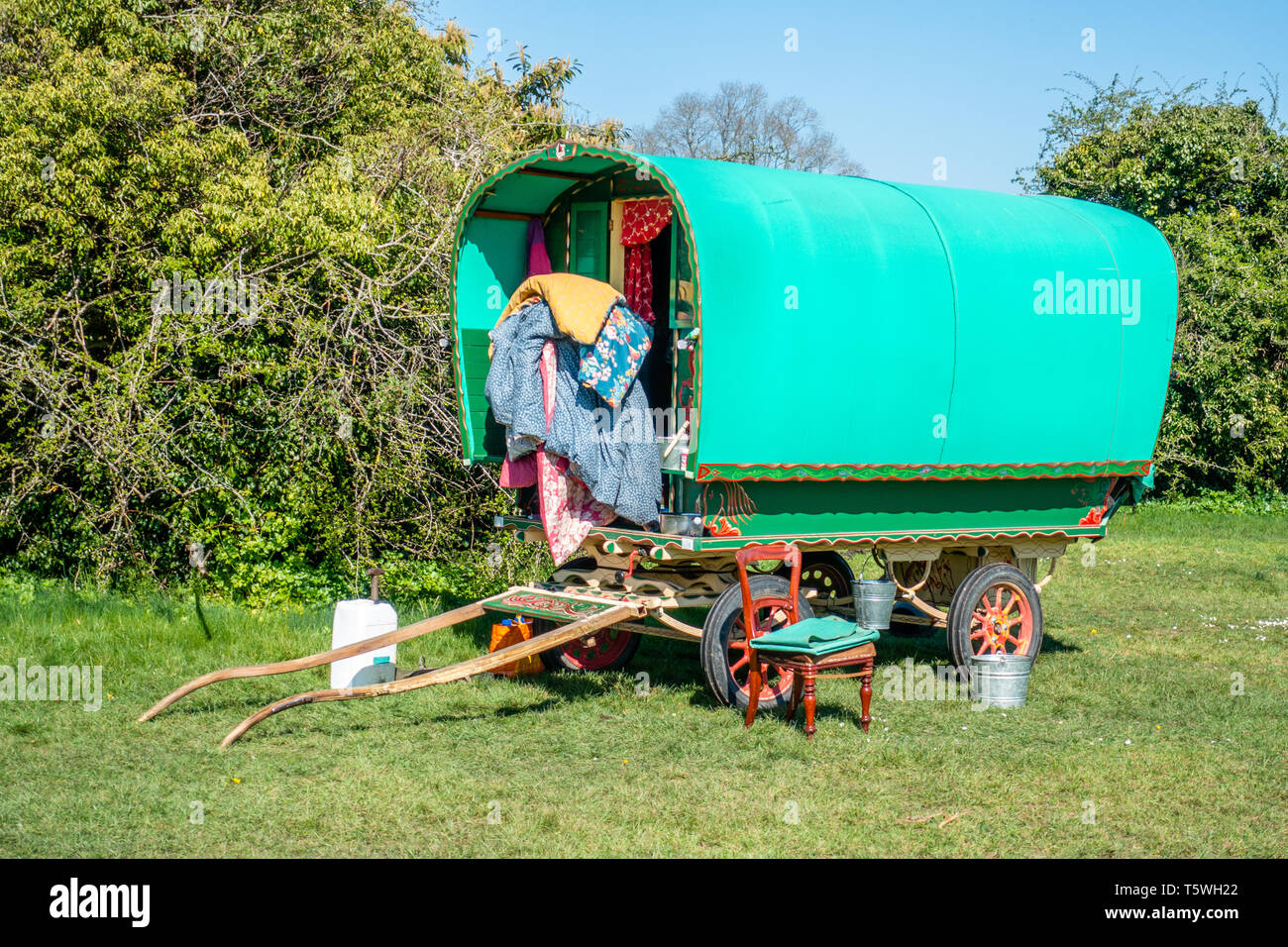 Gypsy style horse drawn caravan for roving holidays parked on the Downs in Bristol Stock Photo