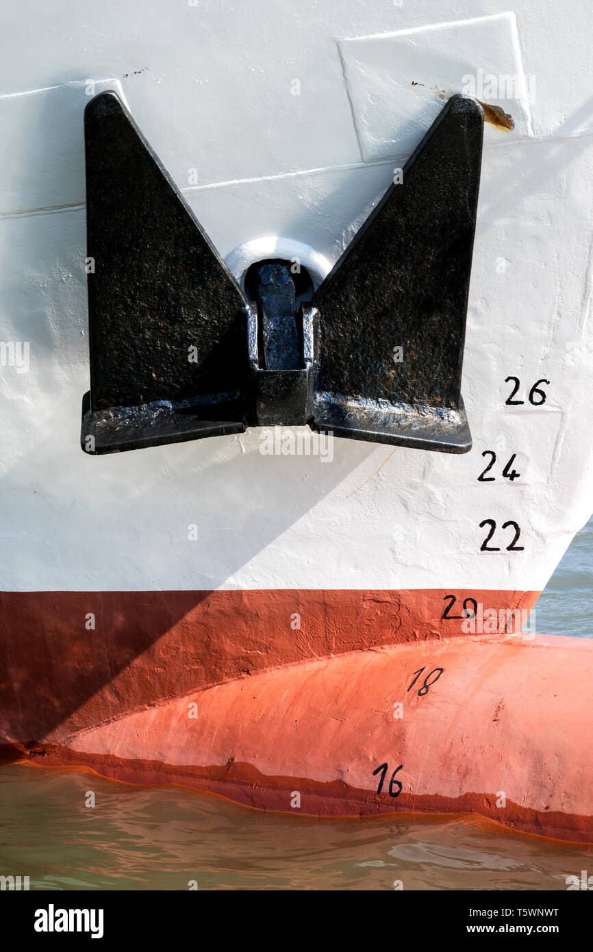 anchor and metric draft marks of a ship - Stock Image