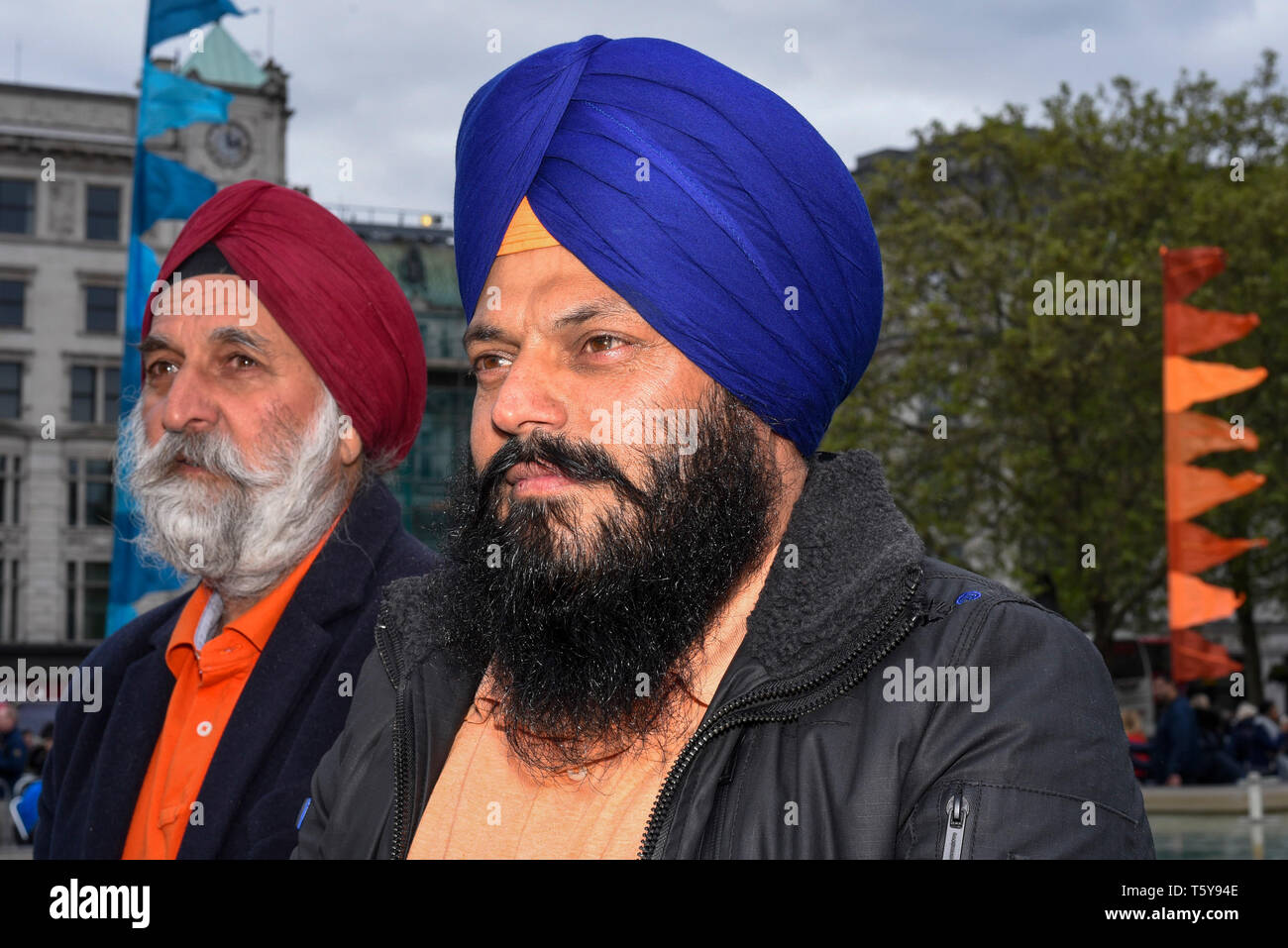 London, UK.  27 April 2019.  Visitors to the festival of Vaisakhi in Trafalgar Square, hosted by the Mayor of London.  For Sikhs and Punjabis, the festival celebrates the spring harvest and commemorates the founding of the Khalsa community over 300 years ago.  Credit: Stephen Chung / Alamy Live News - Stock Image