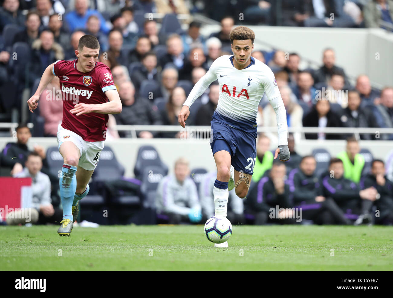 London, UK. 27th Apr 2019. Declan Rice (WHU) Dele Alli (TH) at the Tottenham Hotspur v West Ham United English Premier League match, at The Tottenham Hotspur Stadium, London, UK on April 27, 2019. **Editorial use only, license required for commercial use. No use in betting, games or a single club/league/player publications** Credit: Paul Marriott/Alamy Live News - Stock Image