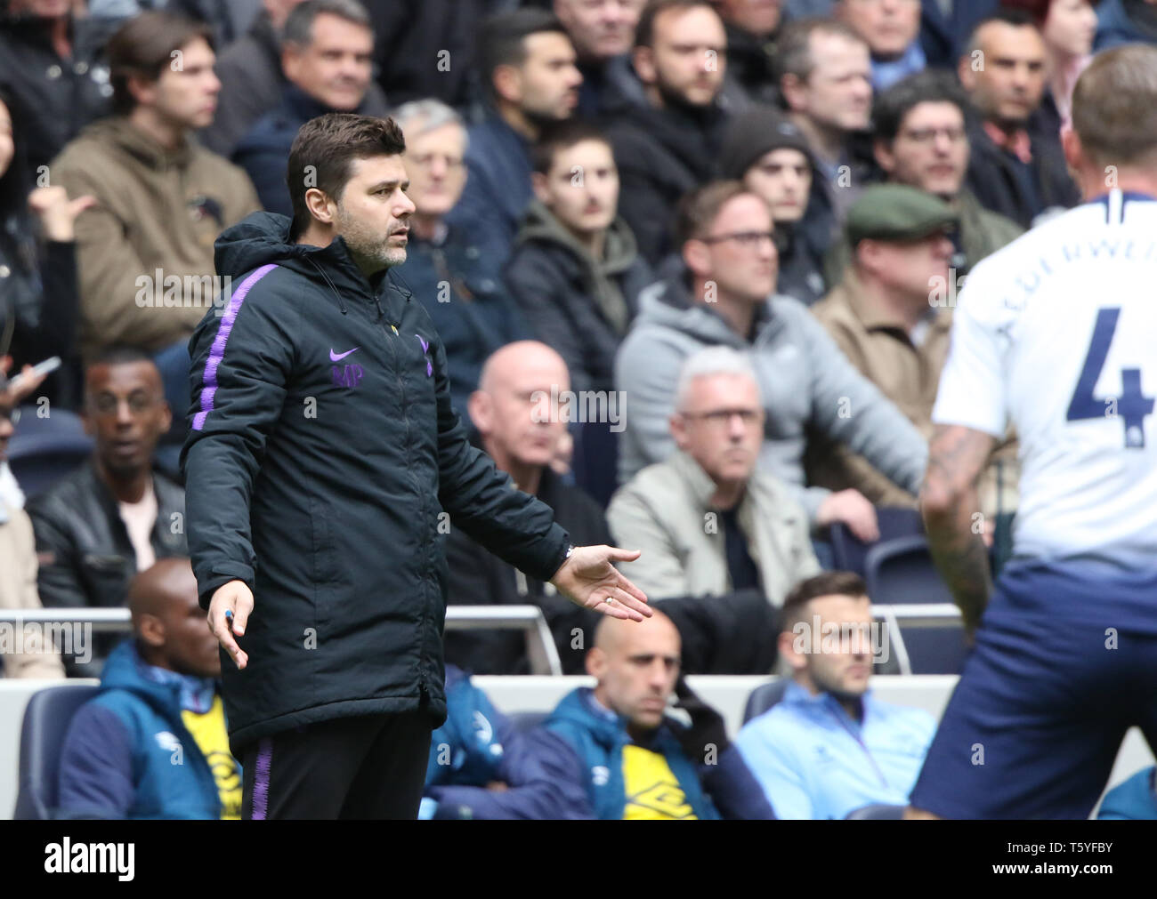 London, UK. 27th Apr 2019. Mauricio Pochettino (Spurs manager) at the Tottenham Hotspur v West Ham United English Premier League match, at The Tottenham Hotspur Stadium, London, UK on April 27, 2019. **Editorial use only, license required for commercial use. No use in betting, games or a single club/league/player publications** Credit: Paul Marriott/Alamy Live News - Stock Image