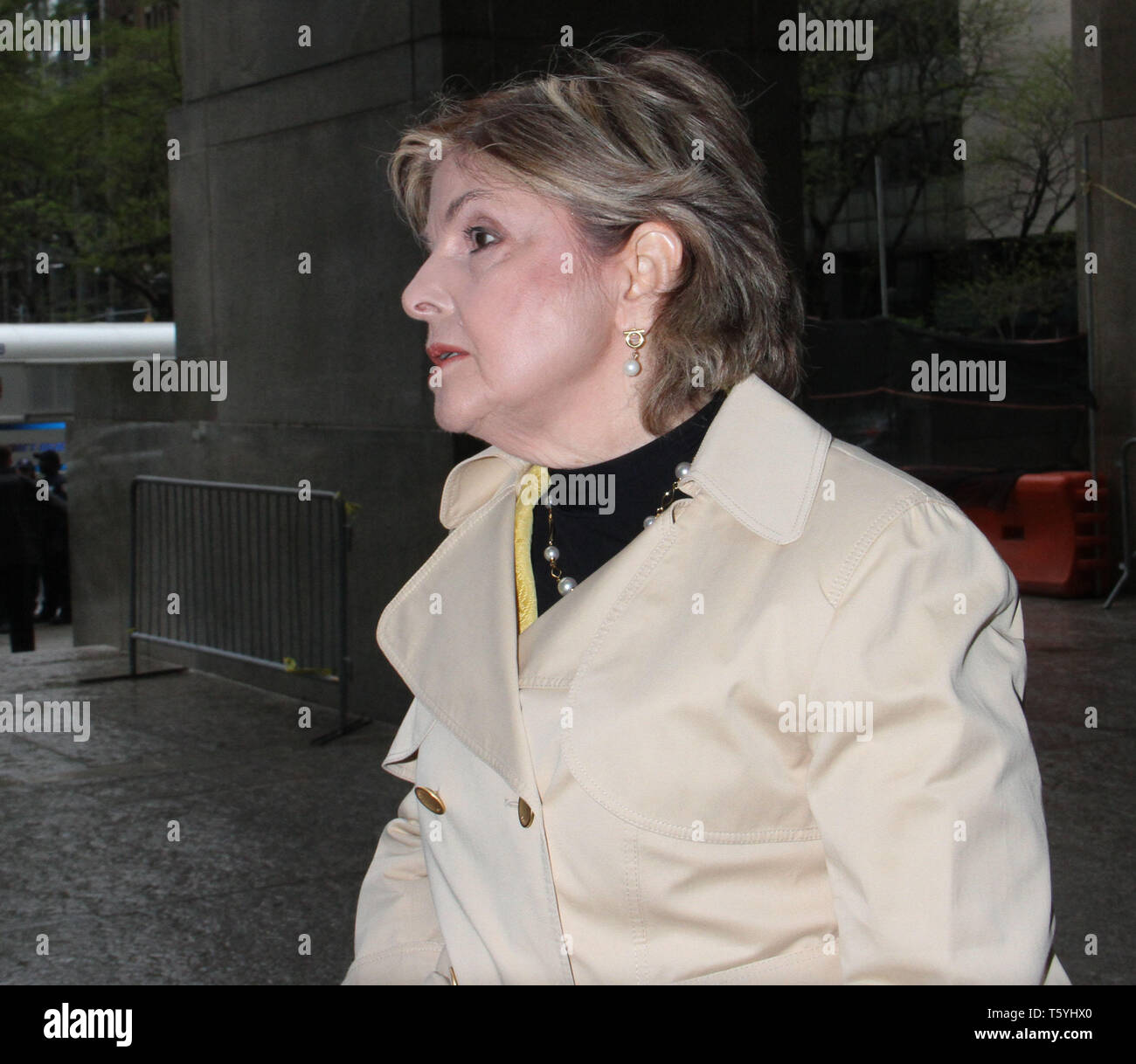 April 25, 2019 Gloria Allred arriving to State Supreme Court