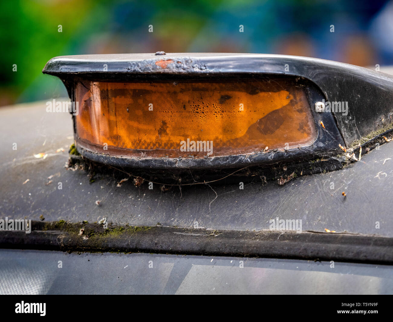 Derelict Taxi - Decrepit London Taxi Sign, Old London Black Cab. - Stock Image