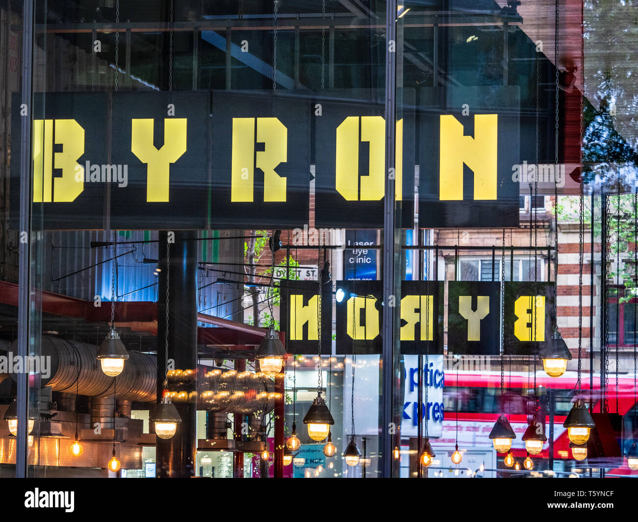 Byron Hamburgers Restaurant Central St Giles London. Byron is a UK based restaurant chain focussing on hamburgers. Founded 2007 - Stock Image