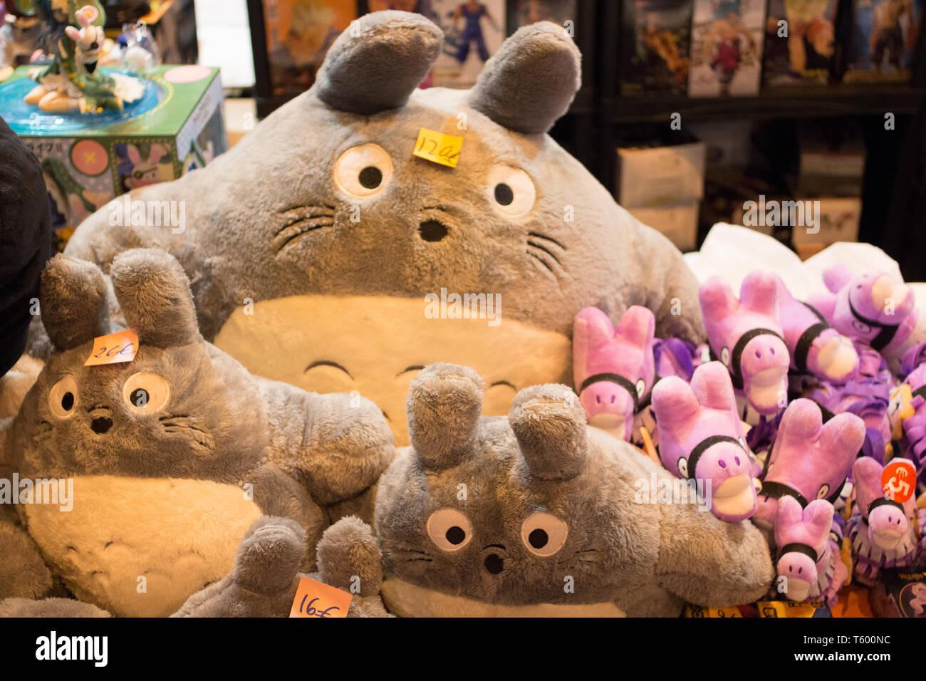 Madrid, Spain  27th Apr, 2019  Totoro (L) and Viva Pinata (R