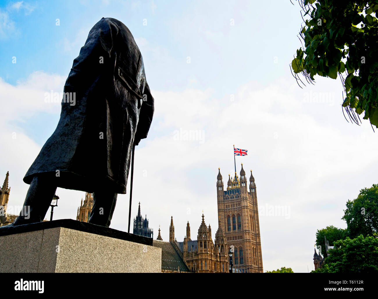 Monument of Winston Churchill opposite the parliament, Westminster, London, England - Stock Image