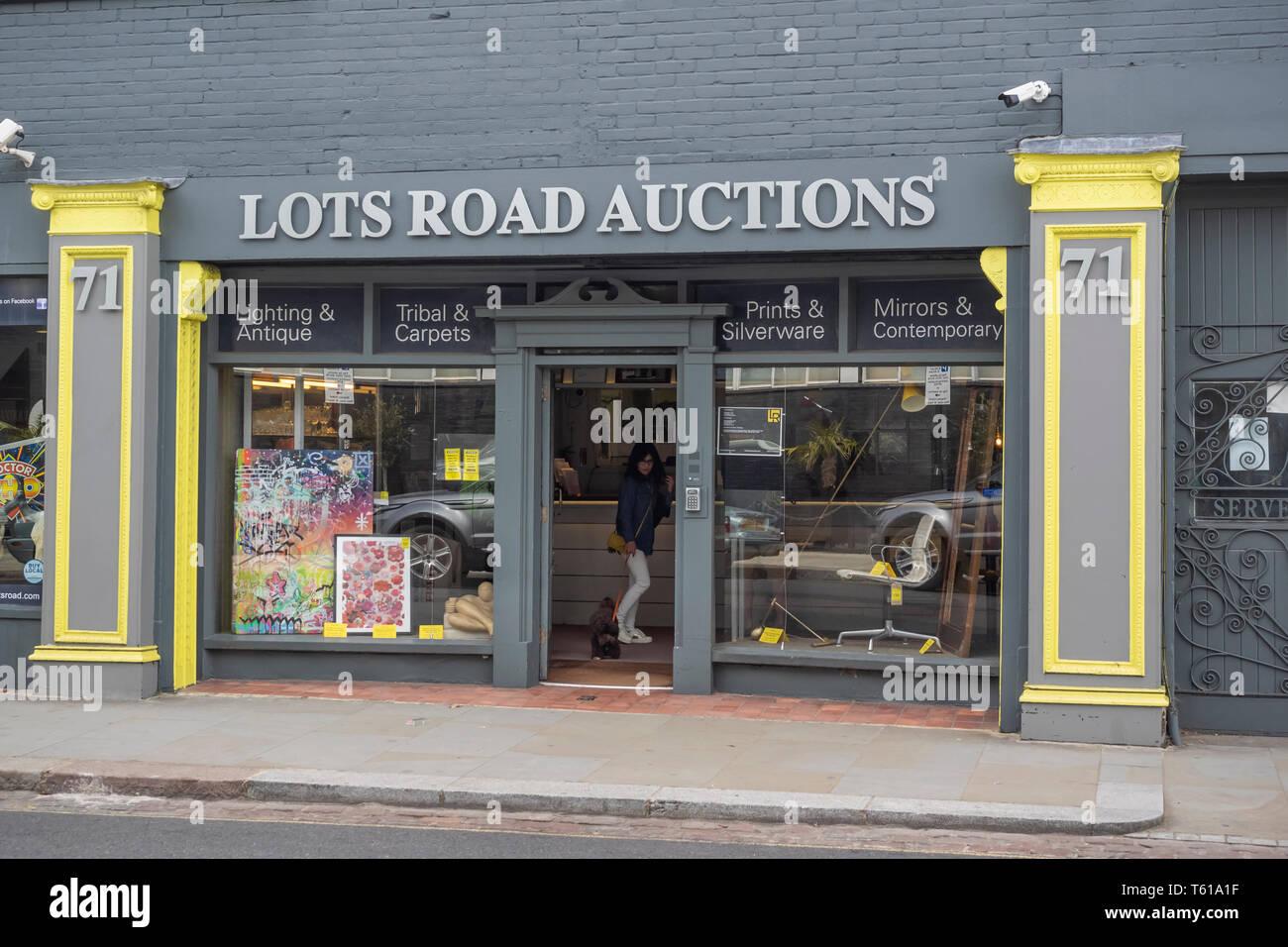 KENSINGTON & CHELSEA, LONDON:  The Lots Road Auction House - Stock Image