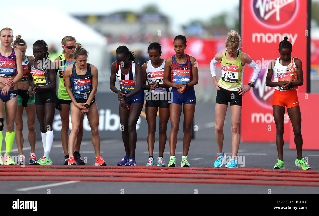 93b6947813 Runners at the start of the Women's London Marathon during the 2019 ...