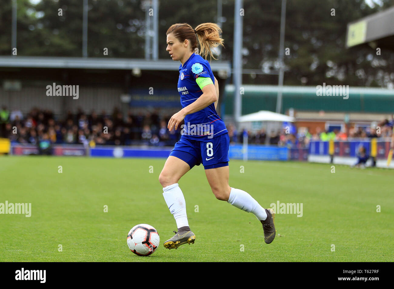 Surrey, UK. 28th Apr, 2019. Karen Carney of Chelsea Women in action. Women's Champions League semi final , 2nd leg  Chelsea women v Lyon Feminines at the Cherry Red Records Stadium in Kingston upon Thames, Surrey on Sunday 28th April 2019. this image may only be used for Editorial purposes. Editorial use only, license required for commercial use. No use in betting, games or a single club/league/player publications. Credit: Andrew Orchard sports photography/Alamy Live News - Stock Image