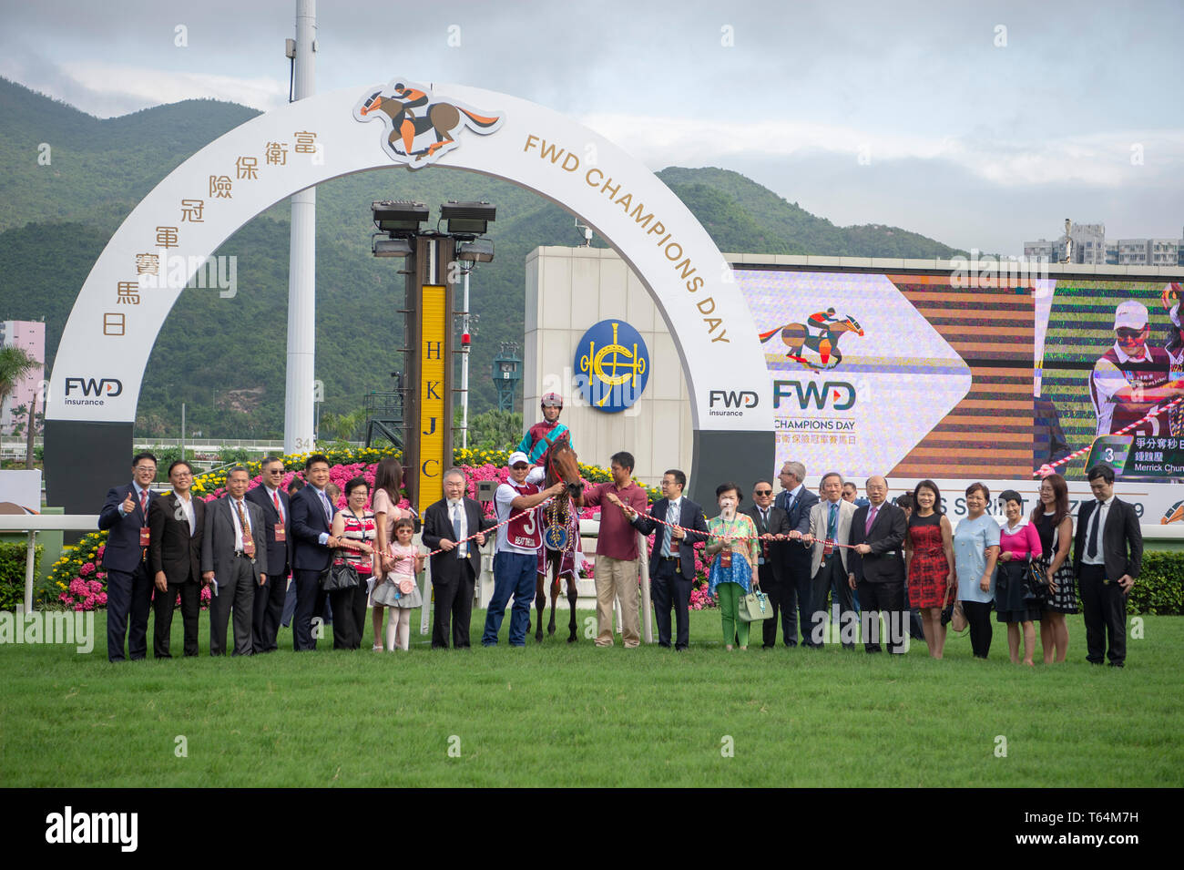 April 28, 2019 - Hong Kong, U.S. - SHA TIN, HONG KONG – APRIL 28: Beat The Clock, ridden by Joao Moreira wins The Group 1 Chairman's Sprint Prize on FWD Champions Day at Sha Tin Racecourse in Hong Kong. Michael McInally/Eclipse Sportswire/CSM - Stock Image