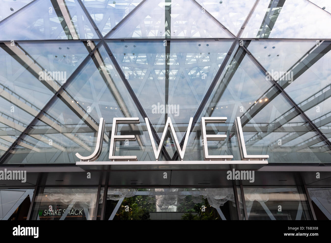 28.04.2019, Singapore, Republic of Singapore, Asia - Entrance to the new Jewel Terminal at Changi Airport, designed by Moshe Safdie Architects. - Stock Image