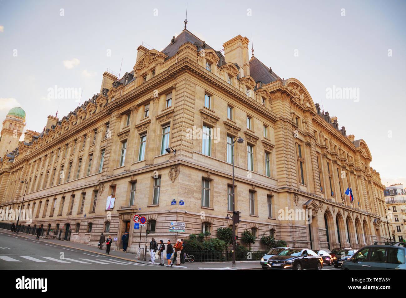 Paris-Sorbonne University building - Stock Image