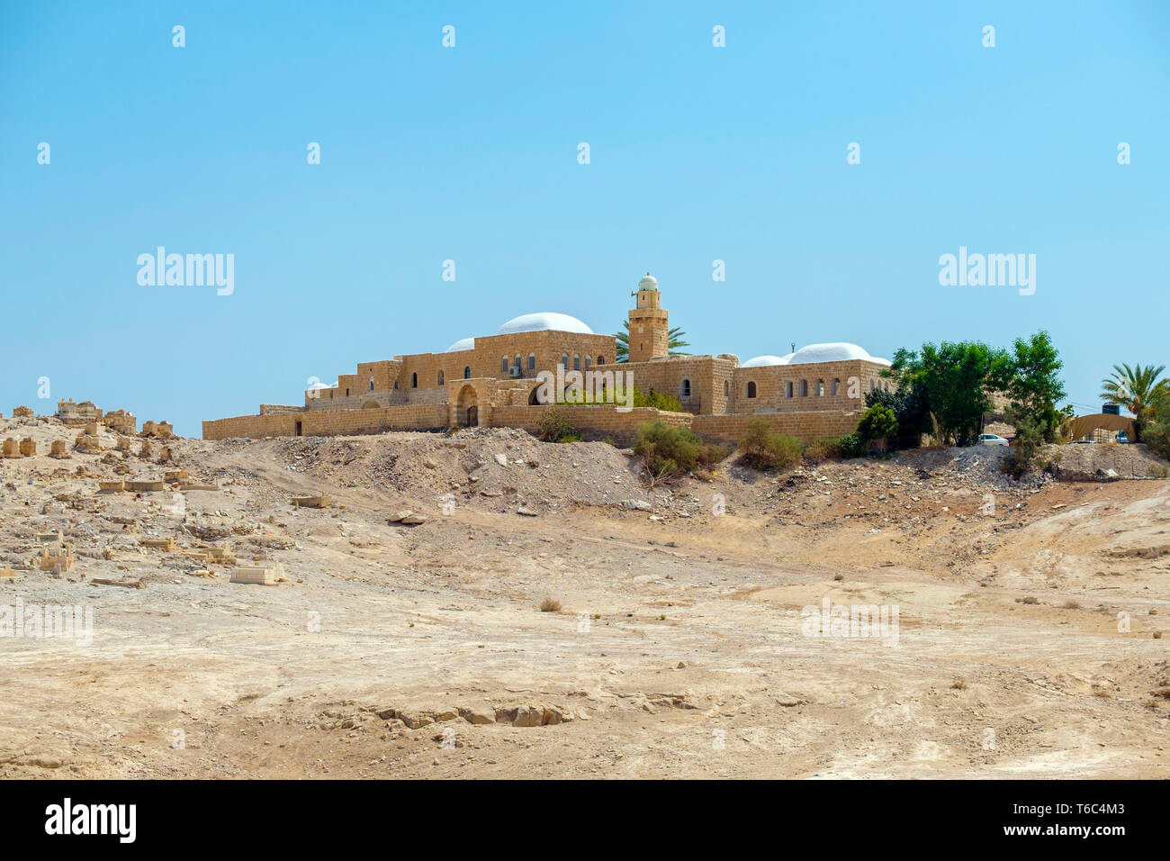 Palestine, West Bank, Jericho. Maqam (shrine) of an-Nabi Musa, believed to be the tomb of the prophet Moses in Muslim tradition. - Stock Image
