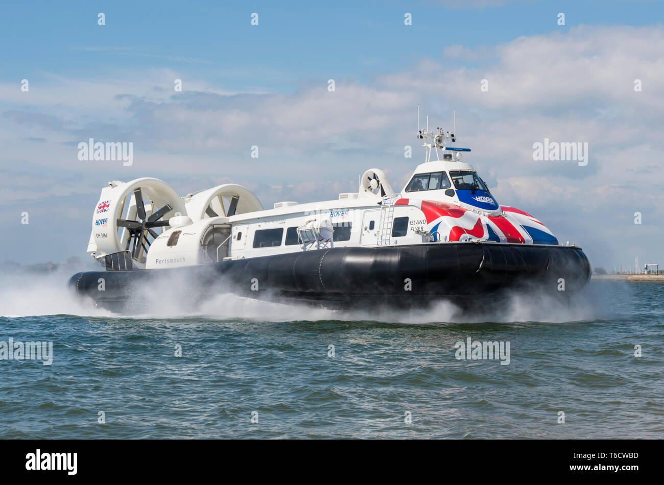 Island Flyer (GH-2161), a Griffon Hoverwork 12000TD hovercraft from Hovertravel on the Solent between Southsea (Hampshire) & Ryde (Isle of Wight), UK. - Stock Image