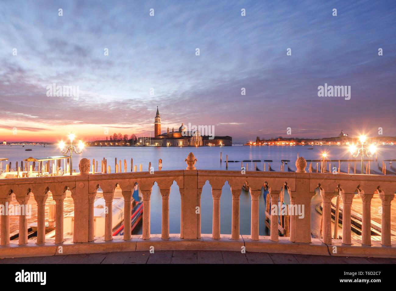 Sunrise, Bacino di San Marco, San Giorgio Maggiore Island in the Background, Venice, Veneto, Italy, Europe. - Stock Image