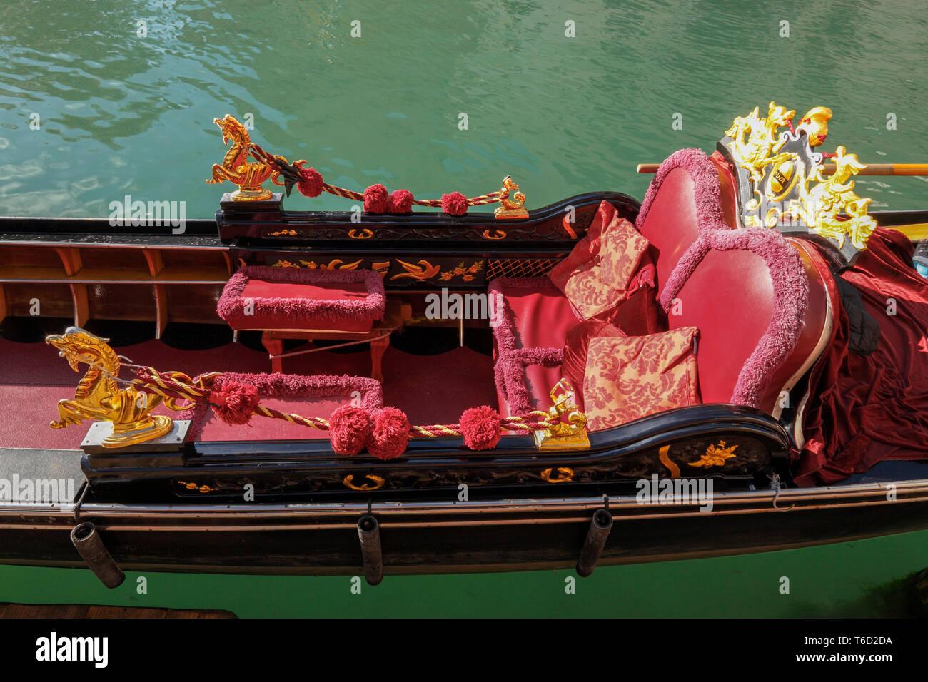 Decorative Gondola, Venice; Veneto; Italia, Europe. - Stock Image
