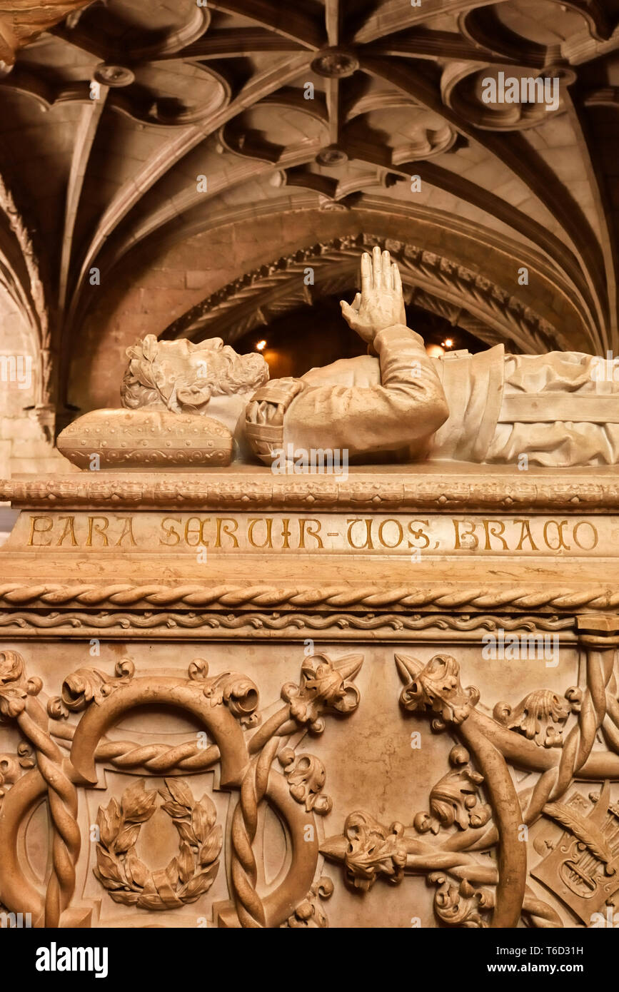 Tomb of Luis de Camoes inside the church of the Jeronimos Monastery, a Unesco World Heritage Site. Lisbon, Portugal - Stock Image