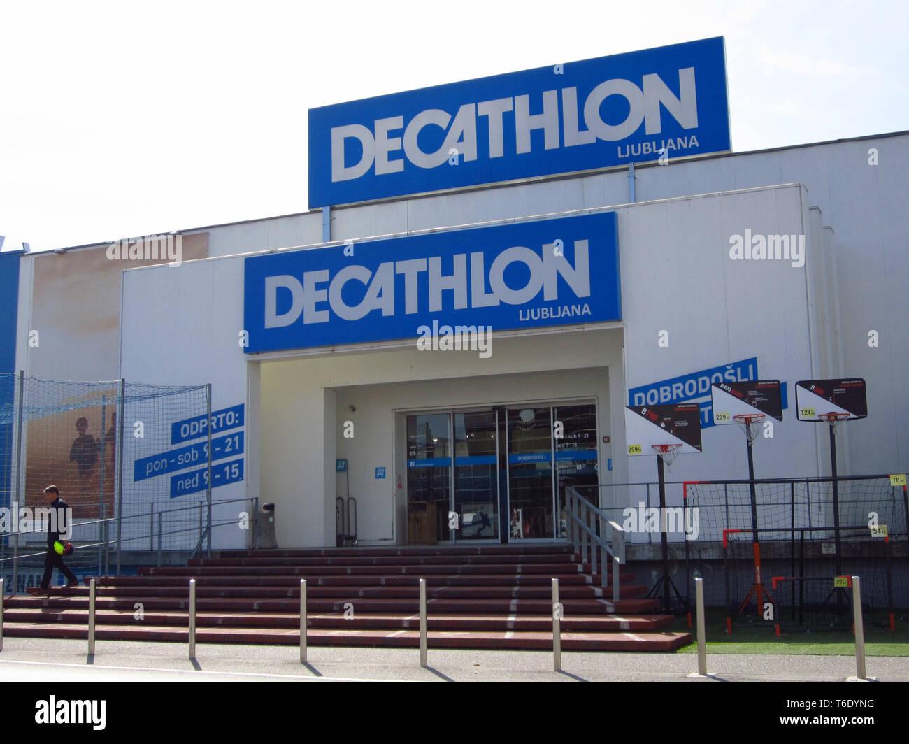 02d46dc1f Decathlon Group Stock Photos   Decathlon Group Stock Images - Alamy