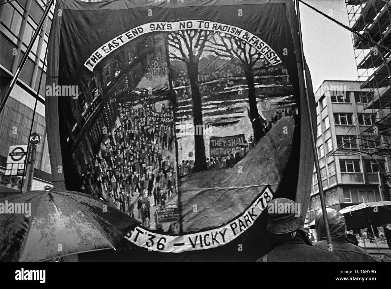 67/4  Tower Hamlets Whitechapel anti racist march 1978 - Stock Image