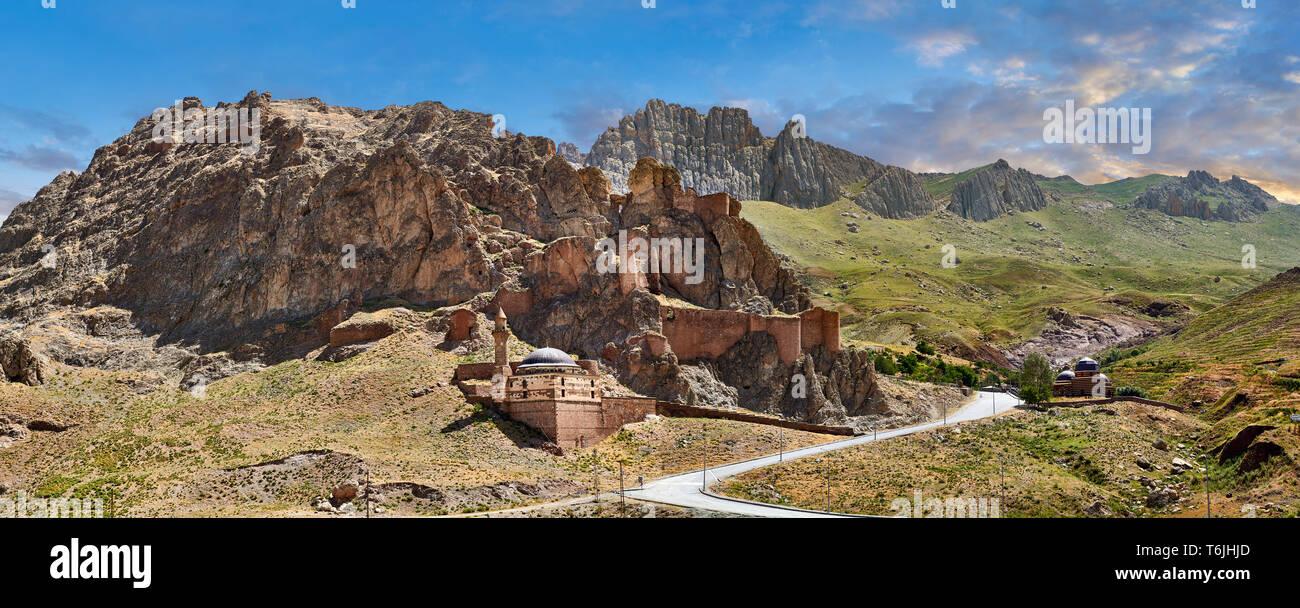 Old mosque near Ishak Pasha Palace,  Agrı province of eastern Turkey. - Stock Image