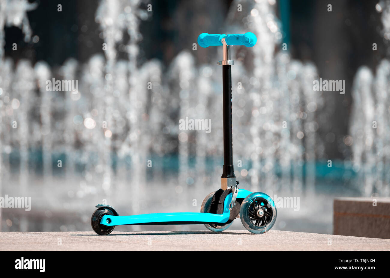 Zoom Cruzer Mini, A three-wheeled tri-scooter for children - Stock Image