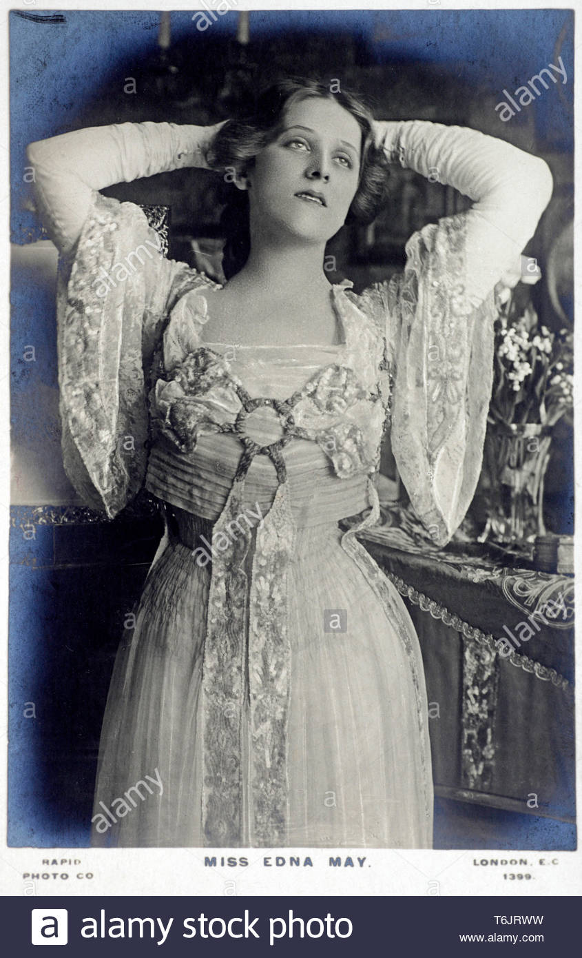 Edna May Pettie, 1878 – 1948, known on stage as Edna May, was an American actress and singer. A popular postcard beauty, May was famous for her leading roles in Edwardian musical comedies, vintage real photograph postcard from  circa 1900 - Stock Image