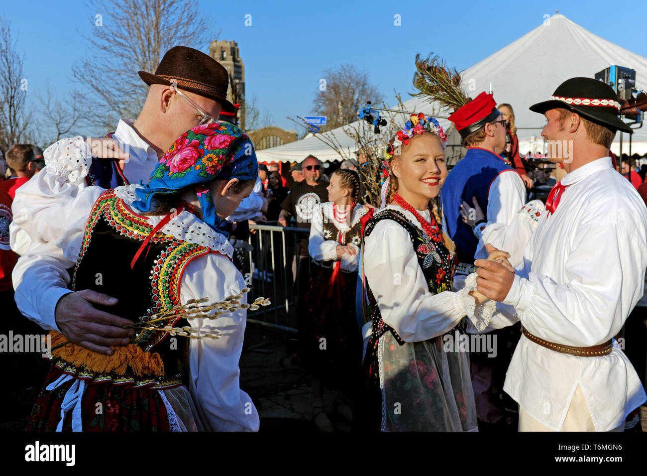 Couples dressed in traditional Polish outfits dance during the 2019 Dyngus Day activities in Buffalo, New York, USA. - Stock Image