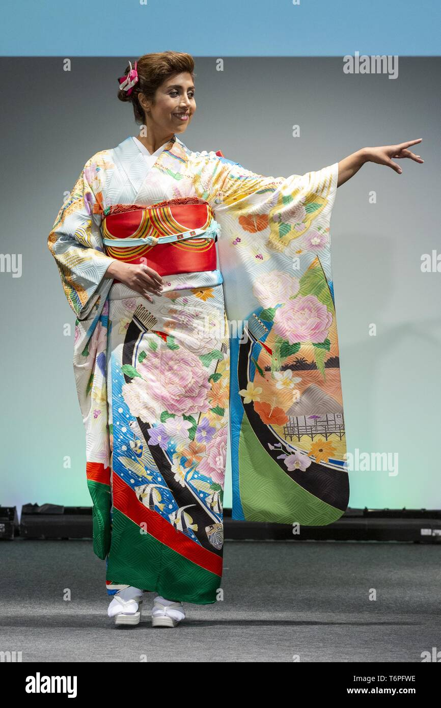 cc3f29400c4f Tokyo, Japan. 2nd May, 2019. A model dressed up a Japanese kimono inspired  in the Republic of Maldives walks on the runway during the Imagine One  World ...