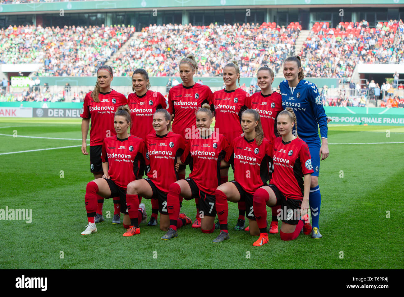 Cologne, Germany May1 2019, women football cup final, VFL Wolfsburg vs SC Freiburg: Team Freiburg.     DFB REGULATIONS PROHIBIT ANY USE OF PHOTOGRAPHS - Stock Image