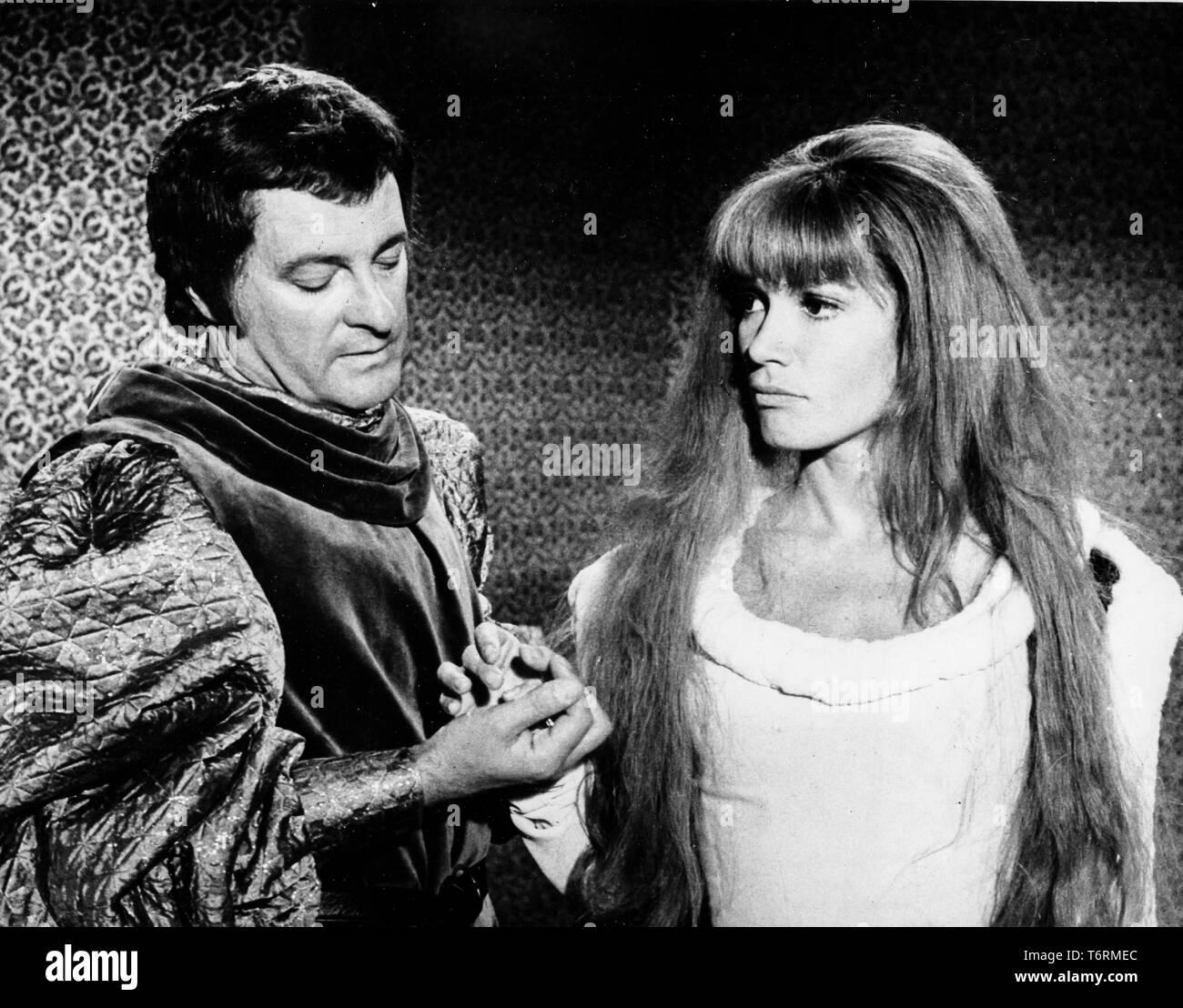 olga georges picot, roger pigaut, il suffit d'un amour, 1962 - Stock Image