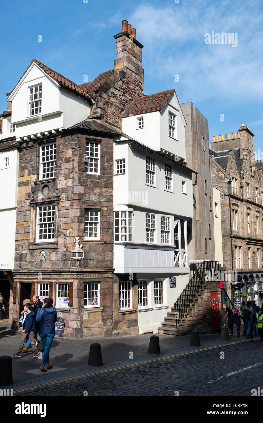 John Knox House on the High Street in Edinburgh Old Town, Scotland, UK Stock Photo
