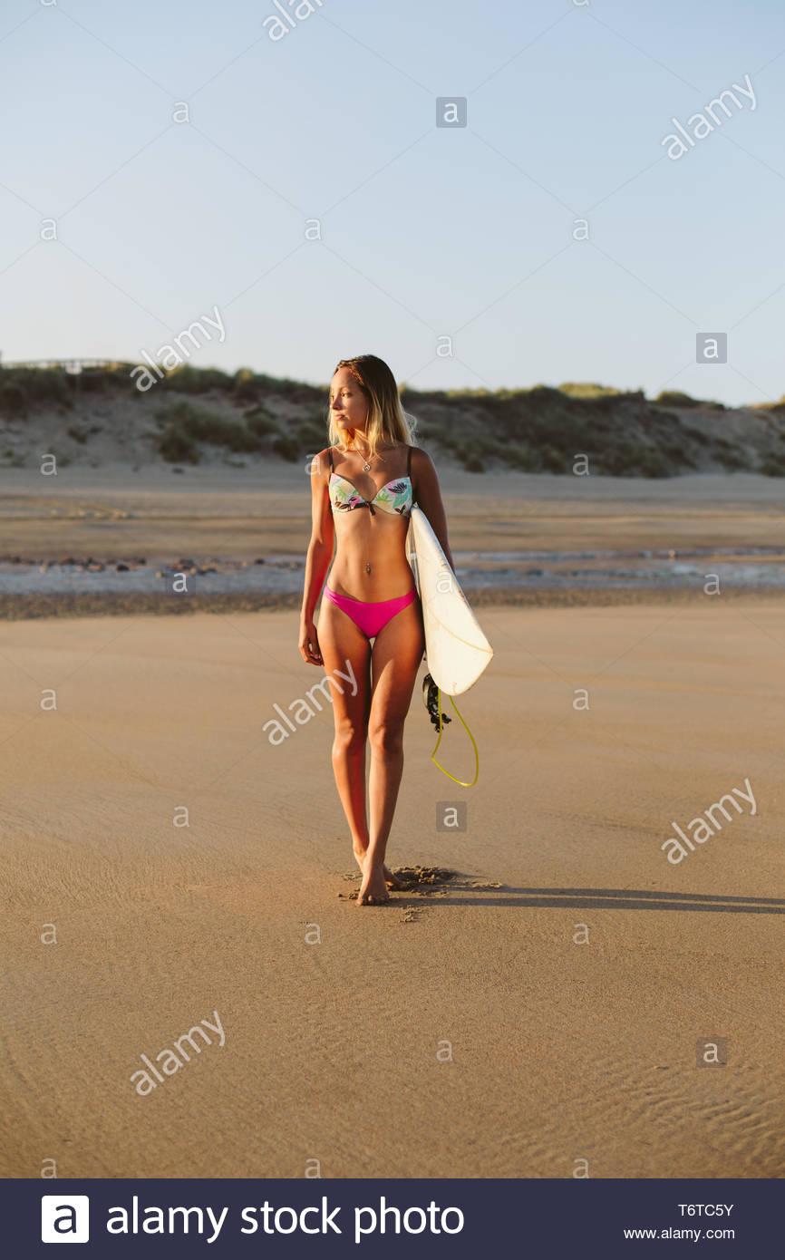248101cc9657 Beautiful Surfer Girl Bikini Surfboard Stock Photos & Beautiful ...